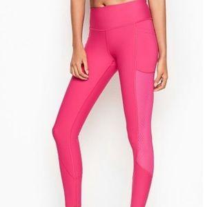 Victoria's Secret Knockout leggings hot pink. Mesh panels/ side pockets XL NWT!